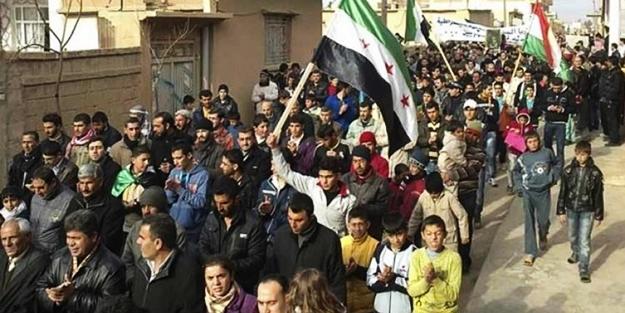 Suriye'de PYD protestosu