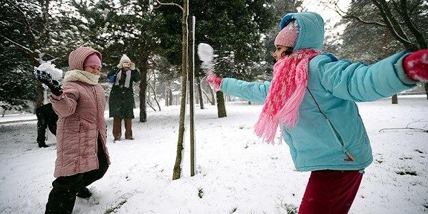 Kar geliyor 9 Şubat'ta okullar tatil mi?