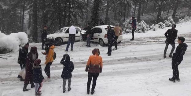 Kar görmeye giden 200 kişi mahsur kaldı