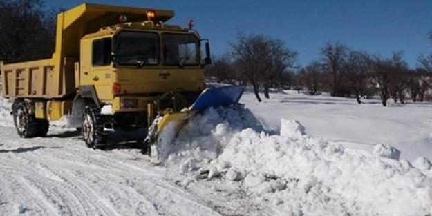 Kar yağışı hayatı felç etti. Birçok sefer iptal edildi!