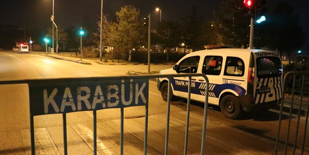 Karabük'te kısıtlamaya uymayan 2 kişiye ceza