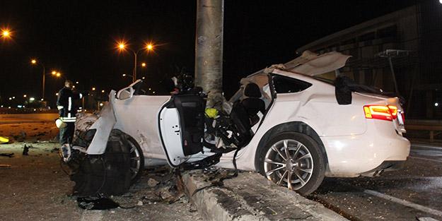 Karaman'da korkunç kaza! Tabela direğine ok gibi saplandı