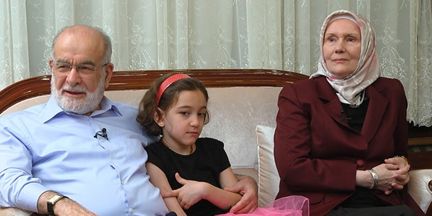 Karamollaoğlu'nun eşi ilk kez konuştu: Ben ve annem Temel Bey sayesinde Müslüman olduk