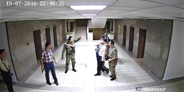 Karargâhı kurtaran subayların başına gelmedik kalmadı!