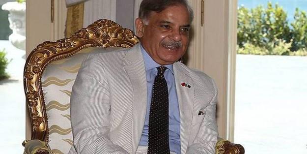 Kardeş Pakistan'da FETÖ okullarının yönetimine el konuldu