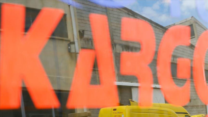 'Kargo firmaları tüketiciye şeffaf poşet alternatifi sunmalı' önerisi