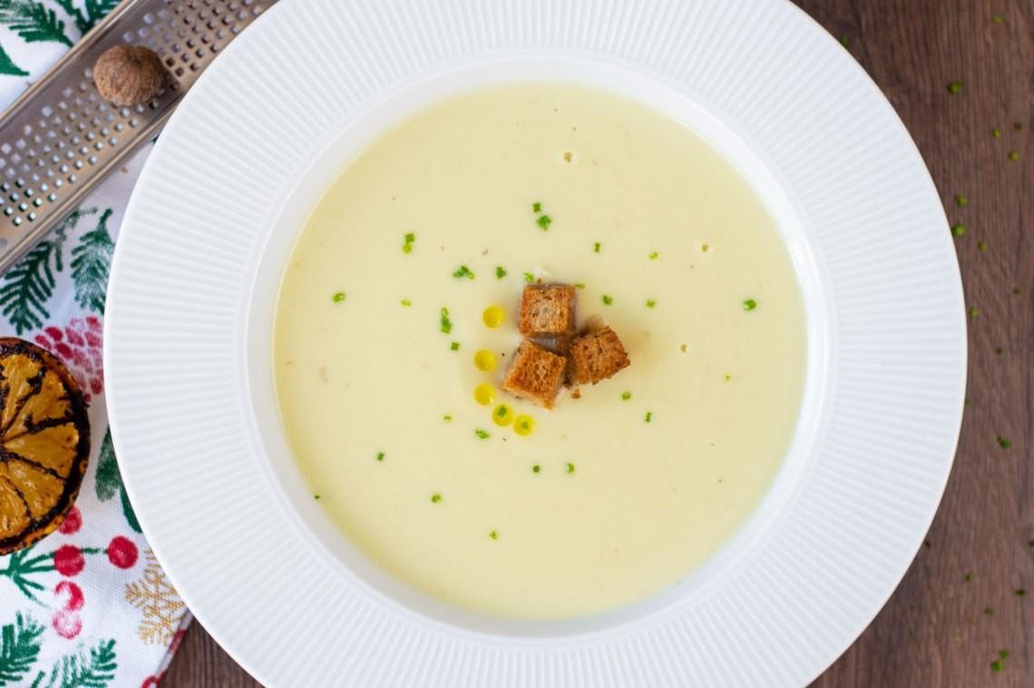 Karnabahar çorbası nasıl yapılır? Karnabahar çorbası tarifi