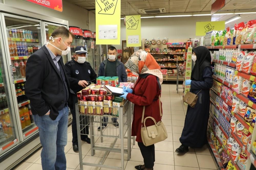 Kars'ta marketlerde ramazan denetimi