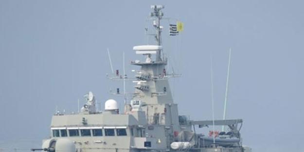 Kaşınıyorlar! Yunan gemisi Bizans bayrağı takarak geldi