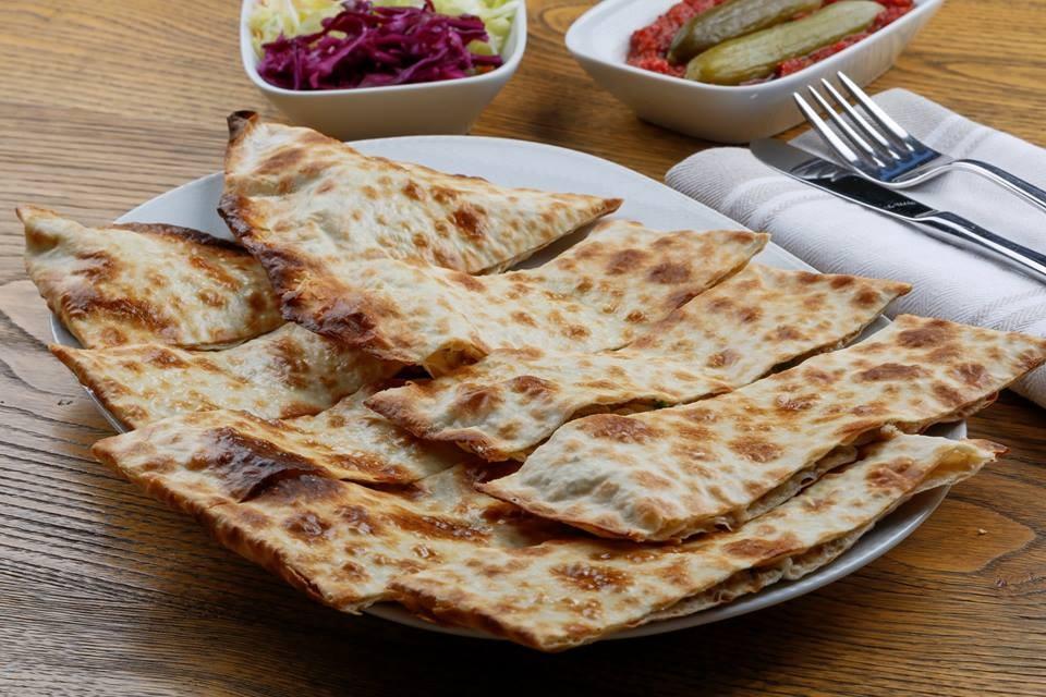 Kastamonu usulü etli ekmek tarifi | Etli ekmek nasıl yapılır?
