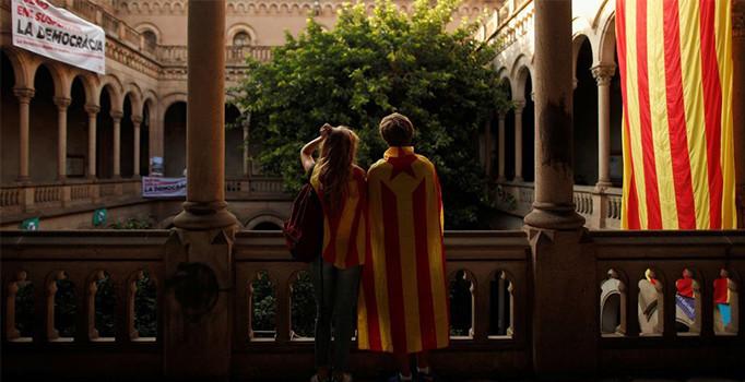 Katalan siyasetçiler serbest bırakıldı, protestolar sona erdi