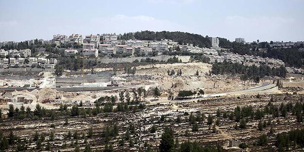 Katil İsrail Filistin köyü Arakib'i 143'üncü kez yıktı