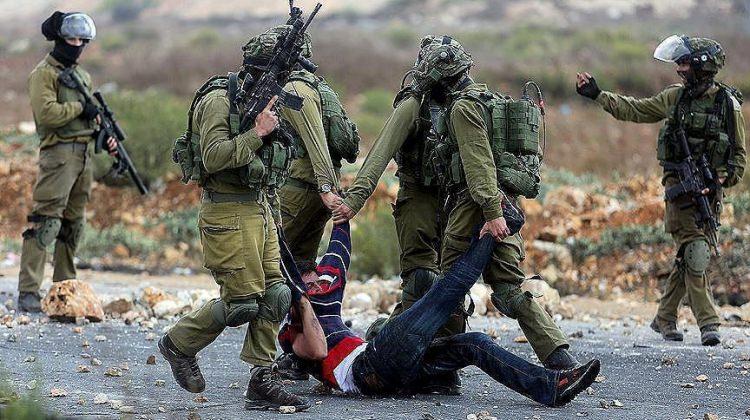 Katil İsrail'den yine skandal gözaltı!