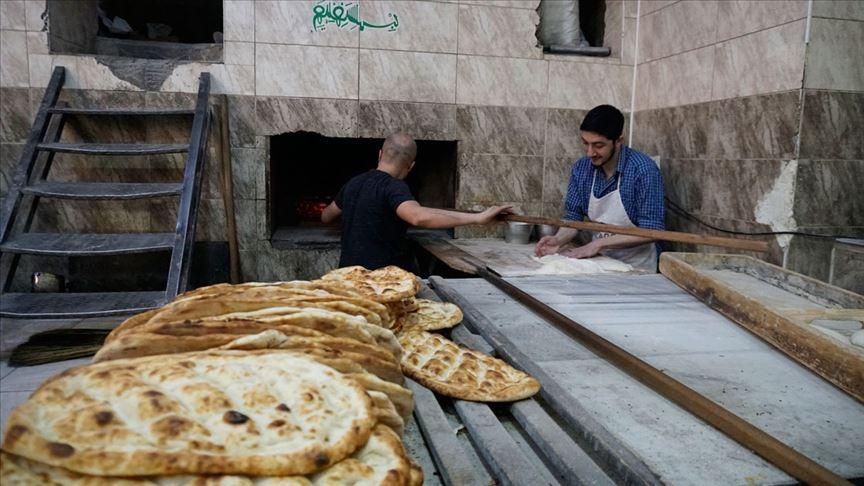 Kavurucu sıcaklıkta iftar saatine kadar mesai