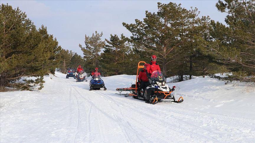 Kayak tutkunlarının huzur ve güvenliği Mehmetçiğe emanet