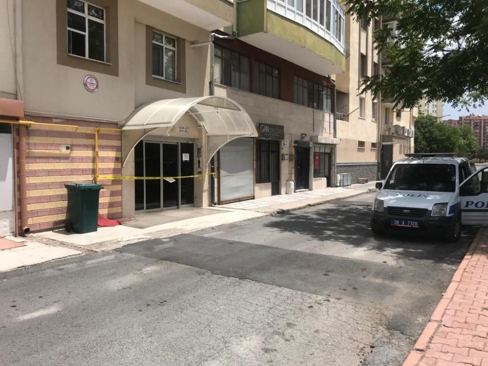 Kayseri'de iki apartman daha karantinaya alındı