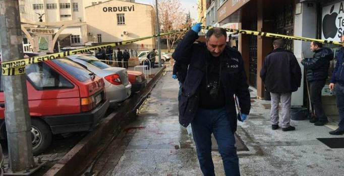 Kayseri'de silahlı kavga: Arkadaşını bacağından vurdu