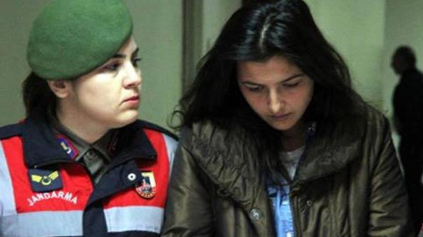 Kayseri'de torunları babaanneyi önce bıçak, sonra nacak ile öldürmüşler!
