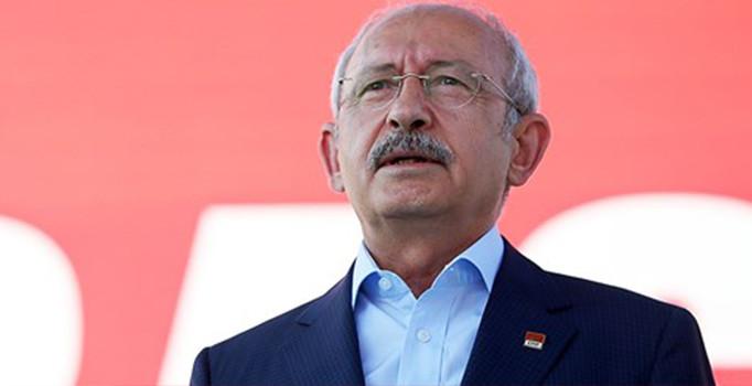 Kemal Kılıçdaroğlu demokrasi mitinginde 'Taksim manifestosu' adlı metni okudu