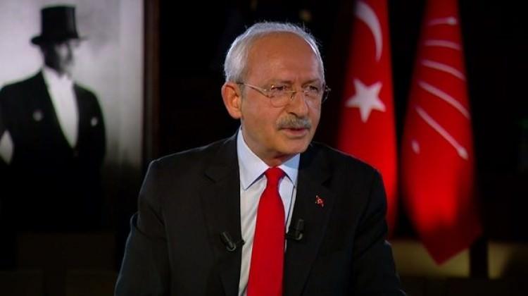 Kemal Kılıçdaroğlu sokağı işaret etti