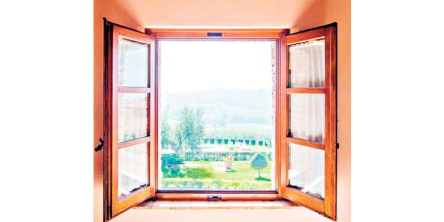 Keşke hepimizin penceresi böyle olsa da evimizi havalandırsak