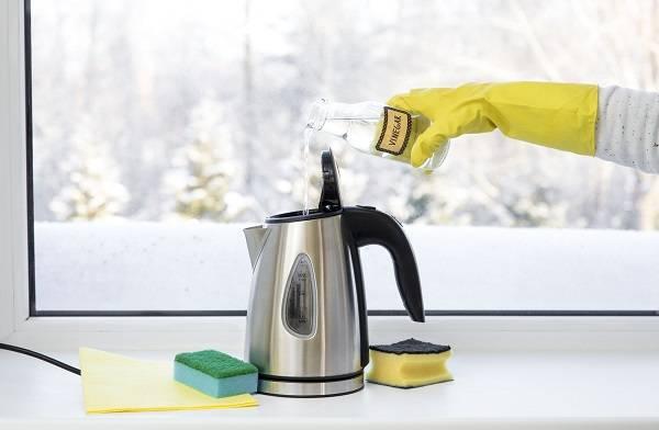 Kettle içindeki kireç nasıl temizlenir? Elektrikli çaycılardan kireç ve leke nasıl temizlenir?