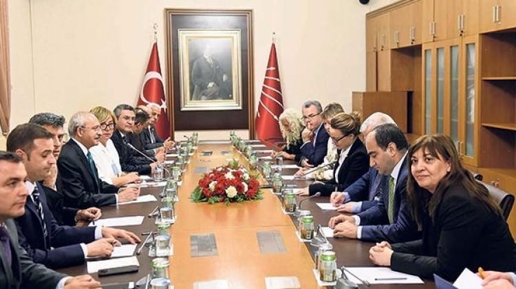 Kılıçdaroğlu Erdoğan'ın izinden gidiyor