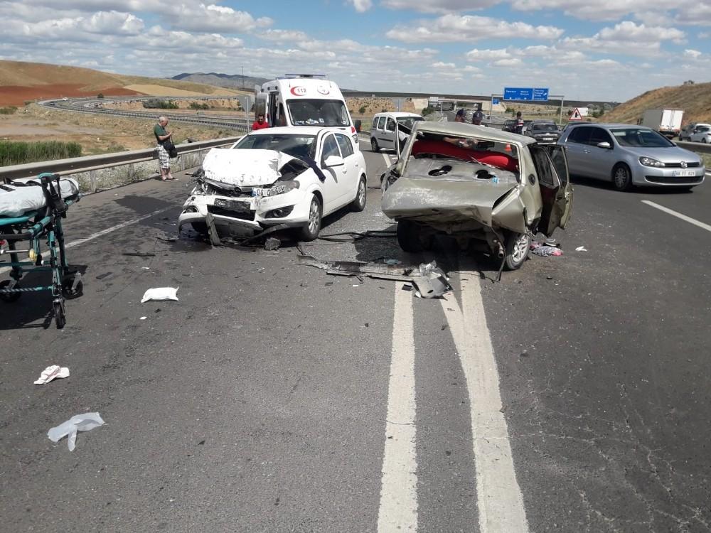 Kırıkkale'de feci kaza: 1 ölü, 5 yaralı