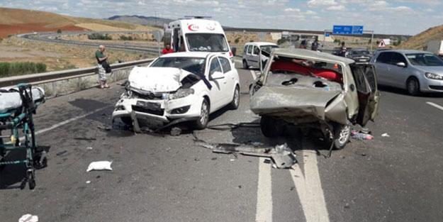 Kırıkkale'de korkunç kaza! Araçlar hurdaya döndü, 1 ölü
