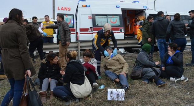 Kırklareli Lüleburgaz'da zincirleme trafik kazası: 29 yaralı