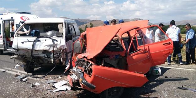 Kırşehir'de korkunç kaza! Feci şekilde can verdiler...