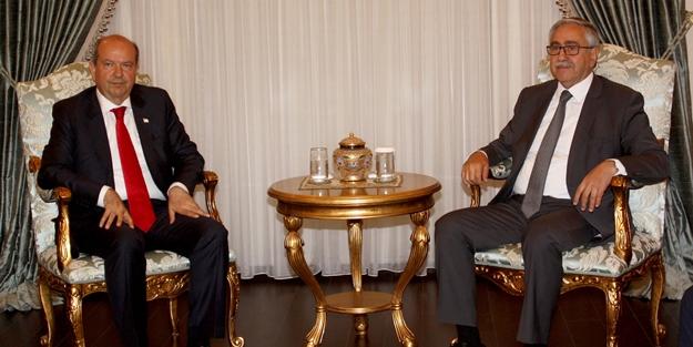 KKTC Başbakanı Tatar'dan tepki: Azınlık gruplarla işbirliği yapan Akıncı bizi bilinmeze sürüklüyor!