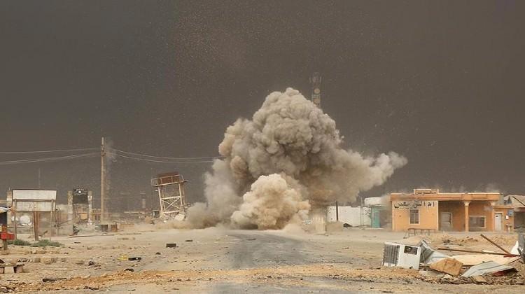 Koalisyon güçleri 'yanlışlıkla' sivilleri vurdu