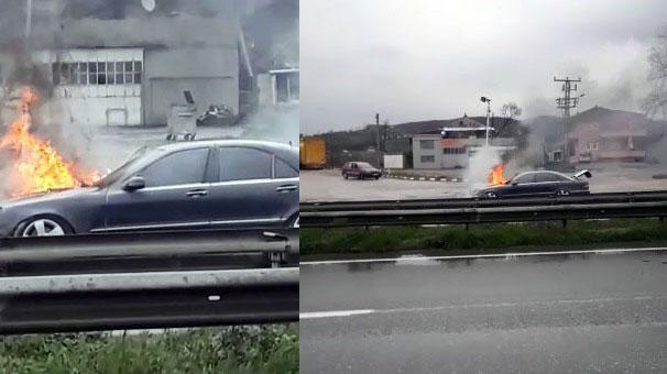 Kocaeli Kartepe'de lüks otomobil alev alev yandı