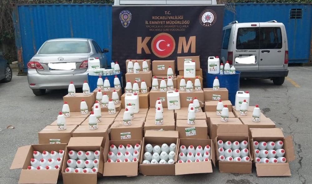 Kocaeli'de bin 340 şişe sahte el dezenfektanı ele geçirildi: 2 gözaltı