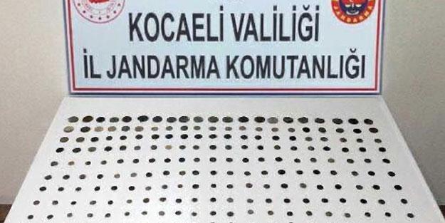 Kocaeli'de tarihi eser kaçakçılığı operasyonu: 209 tarihi eser ele geçirildi