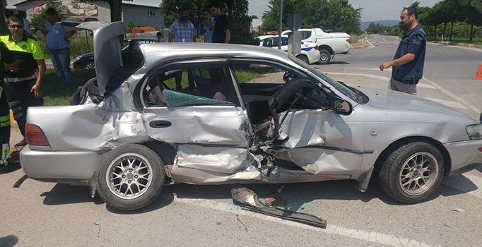 Kocaeli'de trafik kazası: 5 kişi yaralı