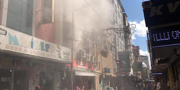 Kocaeli'de yürekleri ağızlara getiren yangın! Vatandaşlar sokağa döküldü