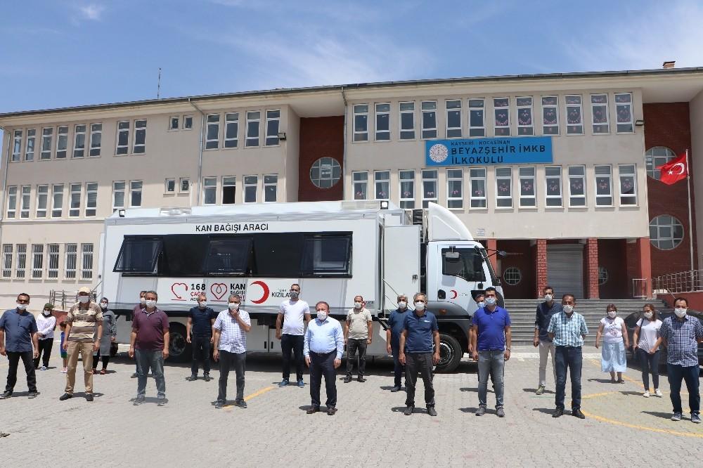 Kocasinan İlçe Milli Eğitim Müdürlüğü'nden Kızılay'a kan bağışı kampanyası
