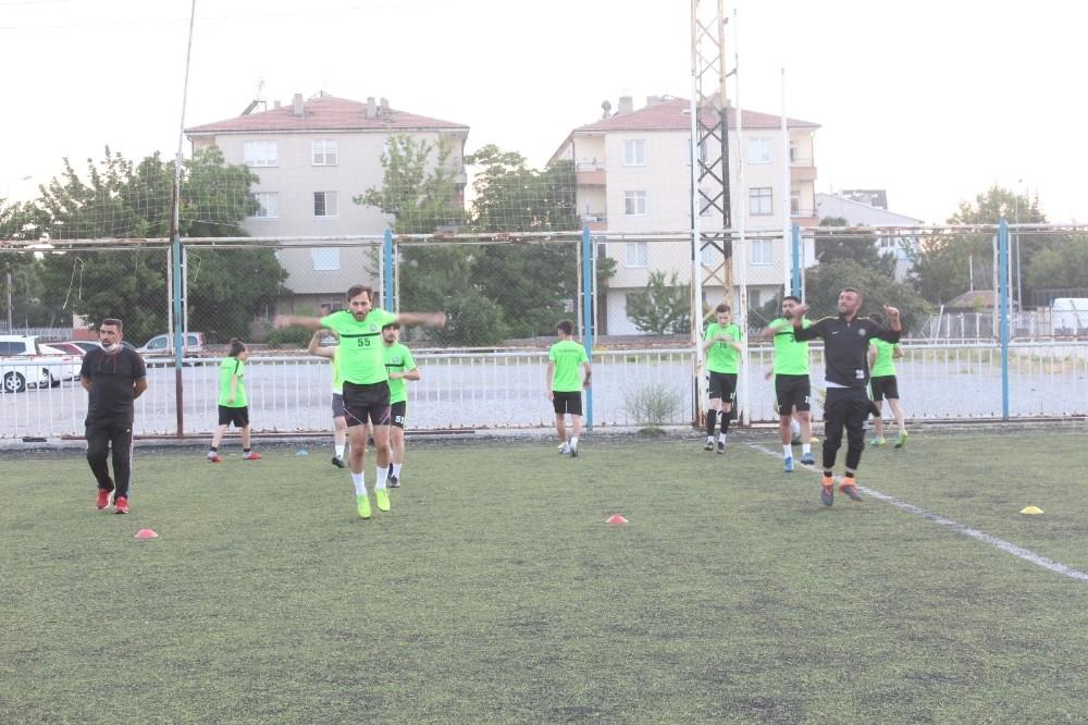 Kocasinan Şimşekspor lig hazırlıklarına başladı.