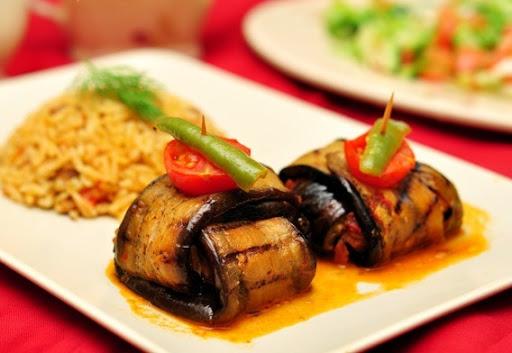 Köfteli patlıcan bohçası nasıl yapılır? | Köfteli patlıcan bohçası tarifi ve malzemeleri