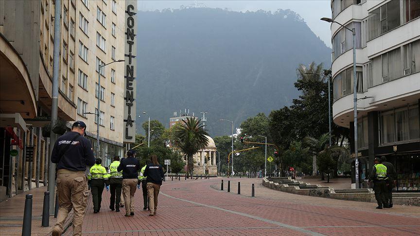 Kolombiya Kovid-19 nedeniyle gelecek hafta tam karantinaya girecek