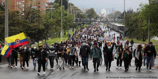 Kolombiya'da protestolar neden başladı?