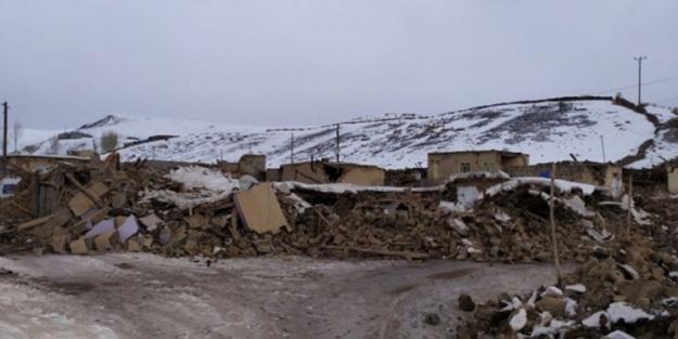 Komşuda büyük deprem: Türkiye'de de hissedildi