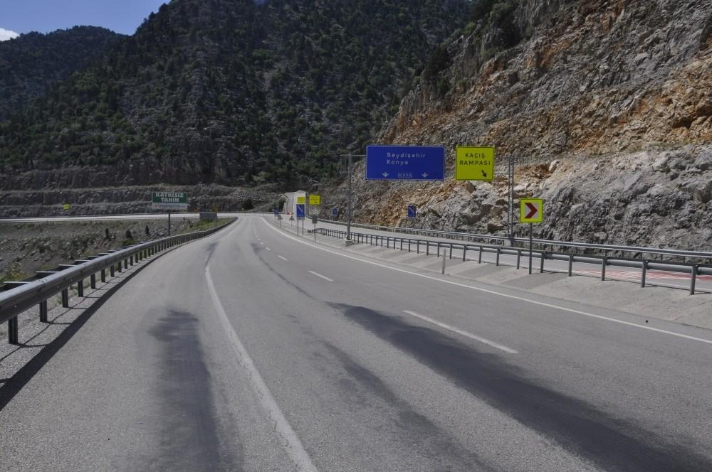 Konya-Antalya karayolunda sessizlik hakim