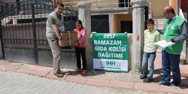 Konya İHH Ilgın'da Ramazan Kumanyası Dağıttı