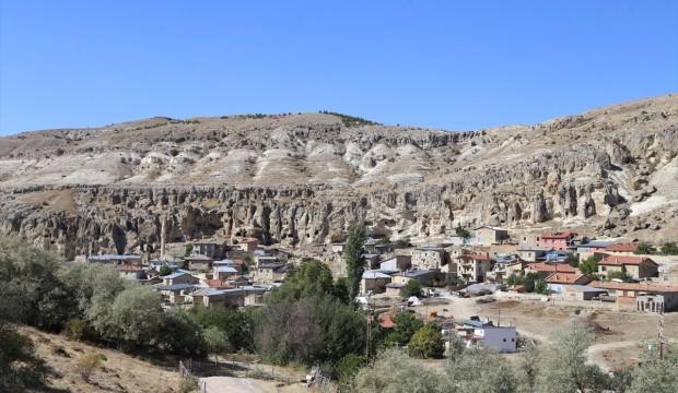 Konya'da 15 milyon yıllık peribacaları keşfedildi