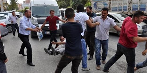 Konya'da alacak-verecek kavgası: Çok sayıda yaralı var...