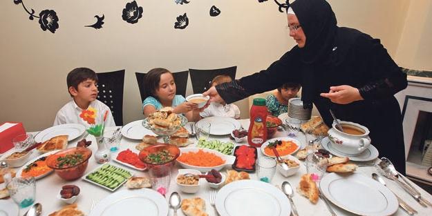 Konya'da iftar saati kaçta? - 2017 Ramazan İmsakiyesi