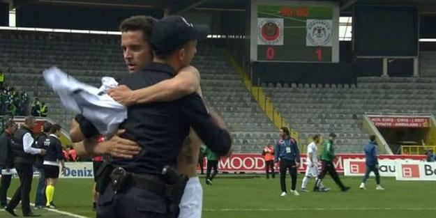 Konyasporlu Bulgar futbolcudan anlamlı hareket!
